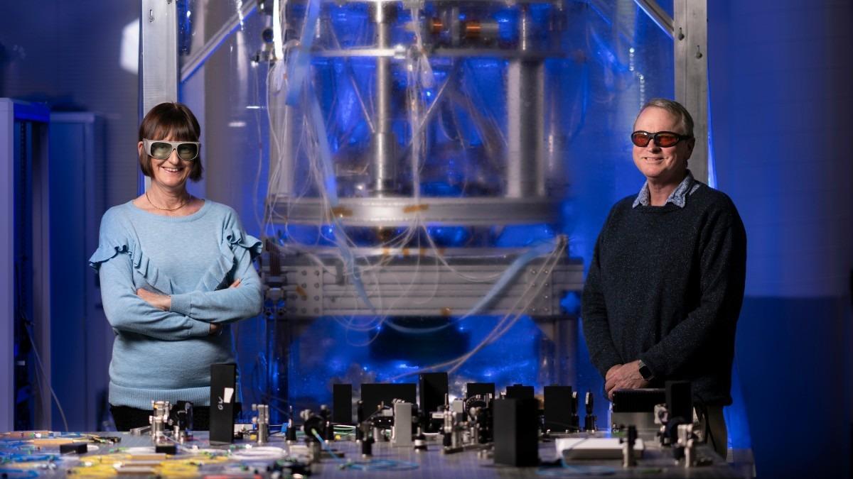 Professor Susan Scott and Professor David McClelland in gravitational wave laboratory