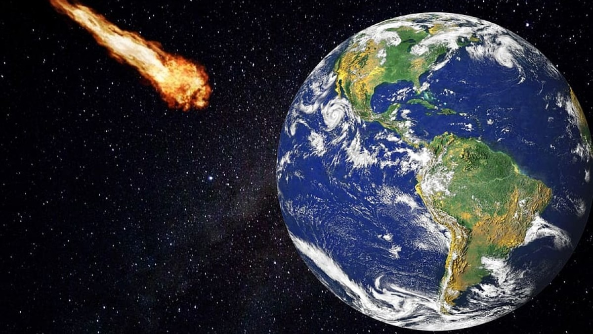 Asteroid headed towards Earth.